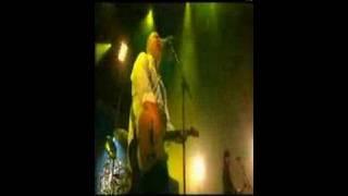 Pixies - Debaser (live paris 2003)