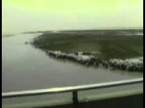 Crossing Bangabandhu Bridge বঙ্গবন্ধু সেতু অতিক্রম (.wmv)