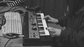 GRANDFATHER'S HOUSE - Everybody (live on RUM - Rádio Universitária do Minho)