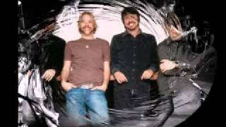 Foo Fighters - Enough Space