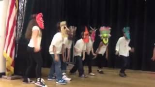 Ms. Cano class dance El Mapale