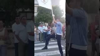 Um ano depois e a postura mantém-se do porta bandeira da Fanfarra Bombeiros Voluntários Famalicenses