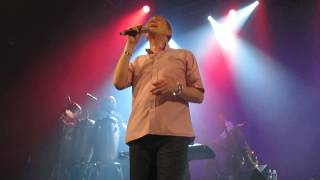 UB40 - Red Red Wine (Live Paris)