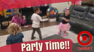 GIRLS GET INVITED TO JOJO SIWA THEMED BIRTHDAY PARTY!! / TARGET SHOPPING FOR BIRTHDAY PRESENTS