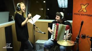 Katka Knechtová - Wake Me Up cover LIVE