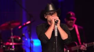 Tim McGraw: Live from the Artists Den | First Look