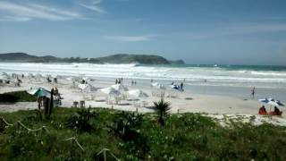 Belo espetáculo do mar na Praia do Forte .
