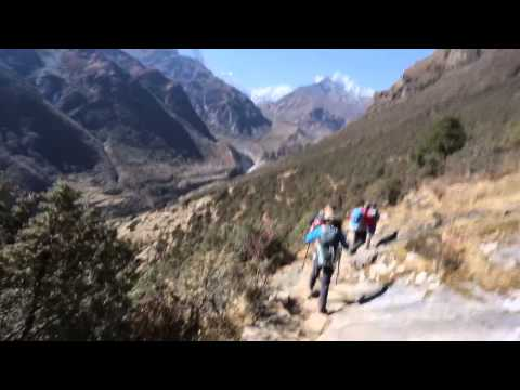 Hiking near Mende, Nepal