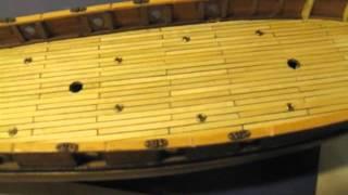 Video guida per costruire un modello di veliero; finiture ponte di coperta