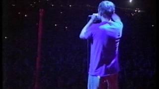 Blur - Song 2 (Glastonbury 98)