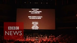 Back to the Future in concert: Theme tune - BBC News
