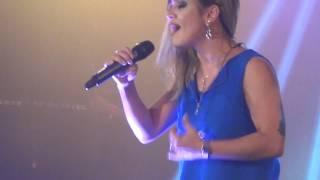Daniela Araujo na Conferência 72 horas - Nação da Cruz