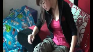 Chinese girl sprains her ankle 02
