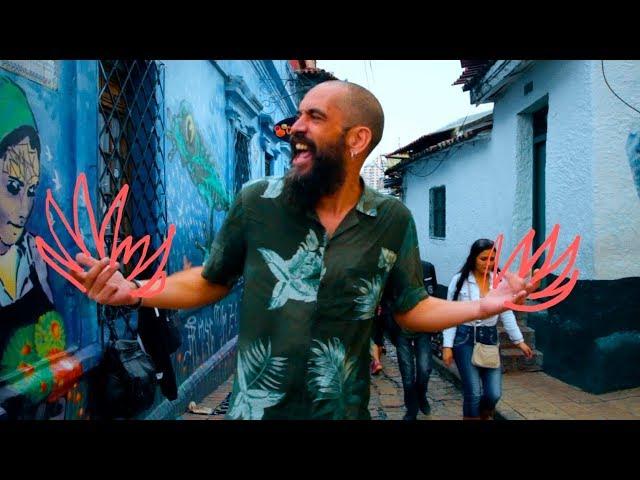 Video de Eskorzo Los Besos que me dabas Oficial