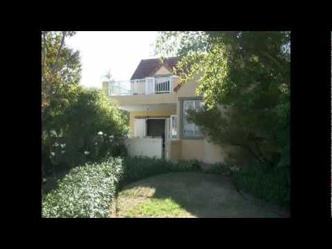 house on Boschenmeer Golf and Country Estate in Paarl, South Africa for sale