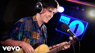 Declan McKenna - Malibu (Miley Cyrus cover) in the Live Lounge