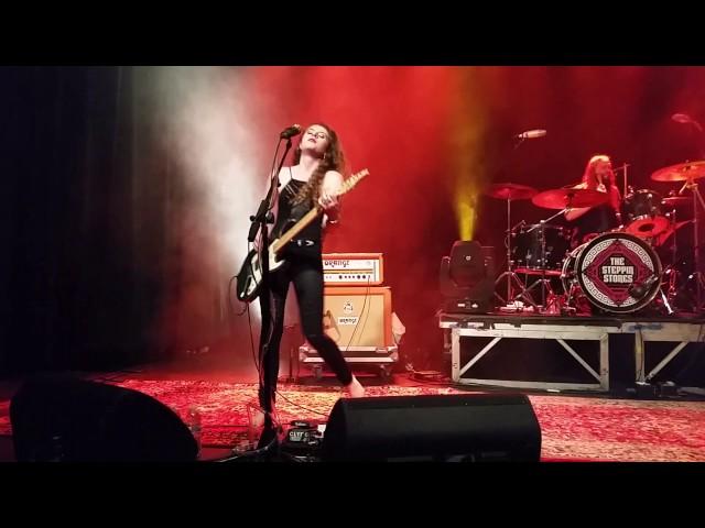 Vídeo en directo de Hannah Wicklund and The Steppin Stones.