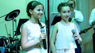 "Laura i Amelia  ""Hallelujah"" Cover"