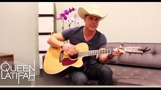 Dustin Lynch Acoustic Performance | The Queen Latifah Show