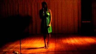 Eva Genésia-Longe do Mundo