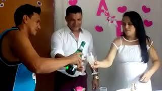 Um brinde ao nosso amor!