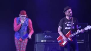 El Drogas - Peineta y mantilla (Videoclip Oficial)