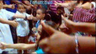 Menina De 5 Anos Dançando TchuTchuê Da Um Show!