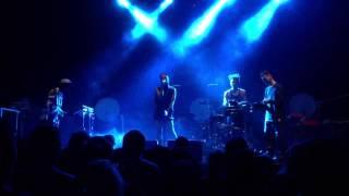 FKA Twigs - 'Water Me' live