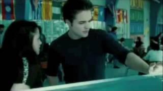 Bella & Edward - Never Look Back