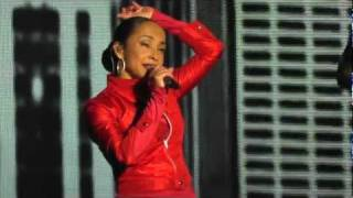 Sade - Live in Munich (Olympiahalle) on May 19, 2011 - Cherish the Day