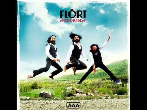 flort-yine-de-seni-seviyorum-2012-sosyal-reklam