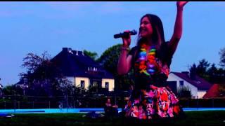 Helele - Jenny Daniels singing (Cover)