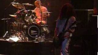 IN FLAMES-REROUTE TO REMAIN (Live in japan 2002).mpg