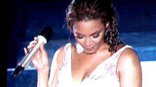 Beyonce in Bermuda - Flaws And All