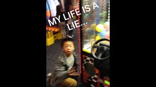 Best claw machine FAIL! Try Not To Laugh