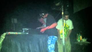 Dubjunk b2b Addergebroed Live @ Glow 2 year Anniversary (SKRILLEX)