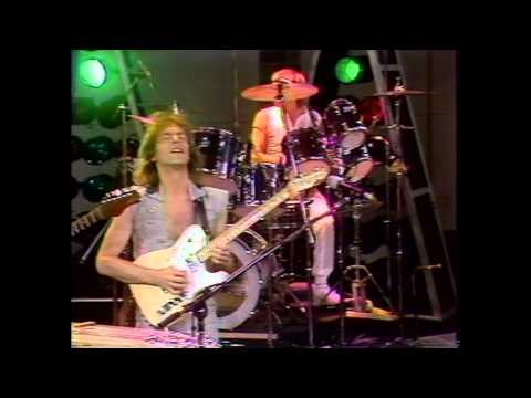 yes-into-the-lens-official-music-video-yesofficial