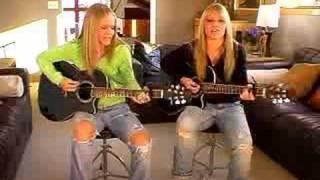 Sammy and Sasha Nelson singing Fine