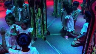 2 years old in flashy mirror maze in esselworld
