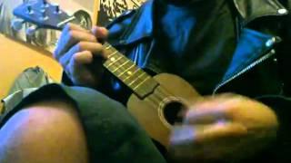 UKULELE METAL MEDLEY ! feat. Slayer / Megadeth /Slipknot /Nirvana .....