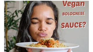 Delicious Meaty vegan bolognese sauce/Veggie spaghetti sauce