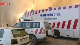SIC Notcias  Equipa da SIC teve de fugir das chamas em Soure