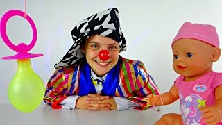 Le Clown Funny Clown Videos for kids 🤡 Clown playing with baby born doll nipple 🍼