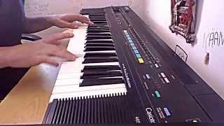 piano: Calvin harris-summer  Kieza-hideaway   David guetta-titanium  Naughty boy-la la la