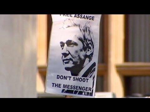 İngiliz Yüksek Mahkemesi Assange'ın iadesine yeşil ışık yaktı