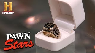 La Casa De Empeños: El anillo WWE Hall Of Fame de Paul Bearer