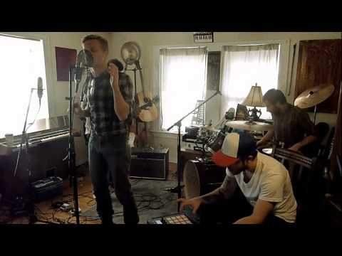 astronautalis-the-wondersmith-and-his-sons-violitionist-sessions-gutterth