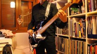 """QUEEN """"Bicycle race"""" BASS COVER"""