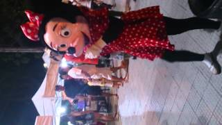Minnie dança Beyoncé