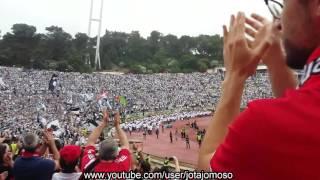 Adeptos do SL Benfica aplaudem claque do Vitória de Guimarães no Jamor 2017